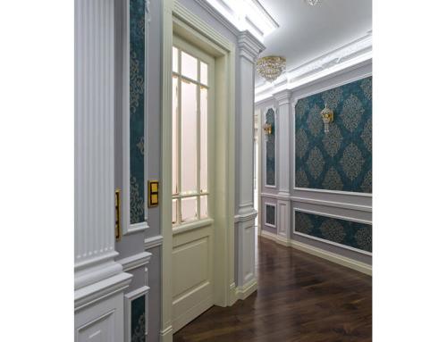 7. Drzwi stylowe dębowe inspirowane sztukaterią