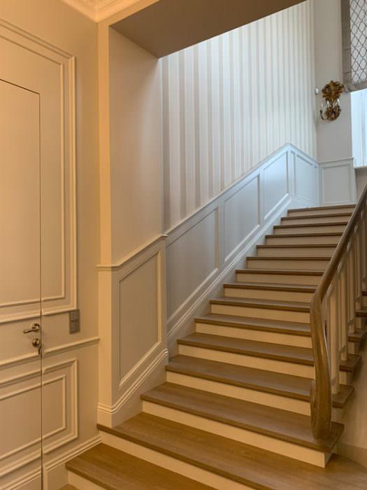 boazeria-obróbka schodów i słupa