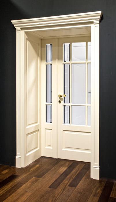 Drzwi przeszklone dwuskrzydłowe -niesymetryczny podział skrzydeł