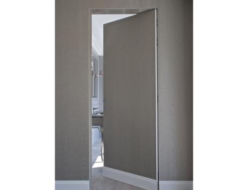 Drzwi ukryte w murze