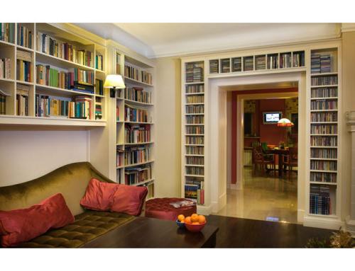 Otwarta zabudowa biblioteczna